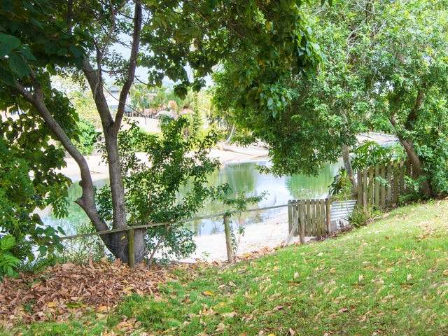 2 Costa Court, Broadbeach Waters, Qld 4218