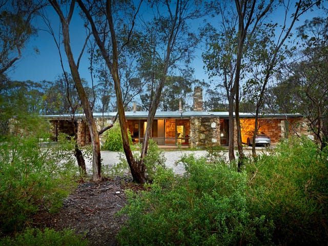 305-307 Long Forest Road, Long Forest, Vic 3340