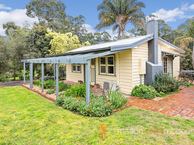 9 Scott Street, St Andrews, Vic 3761
