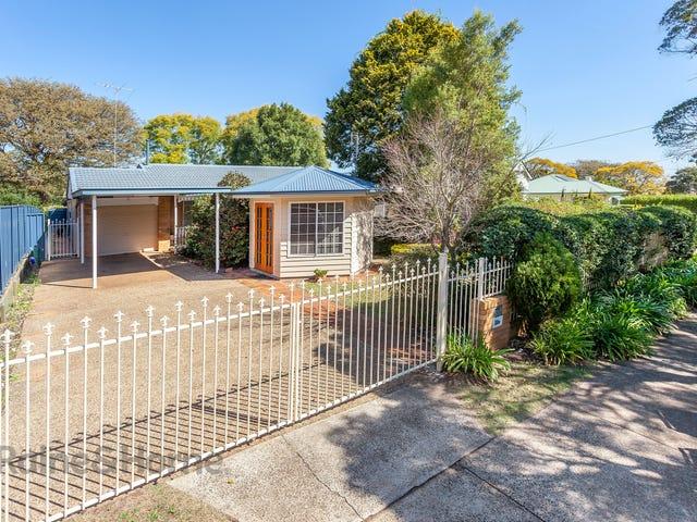 20A Herries Street, East Toowoomba, Qld 4350