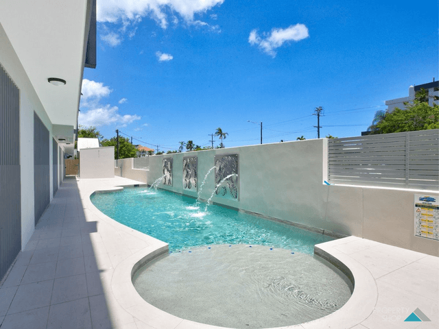 4/289-291 Lake Street, Cairns North, Qld 4870