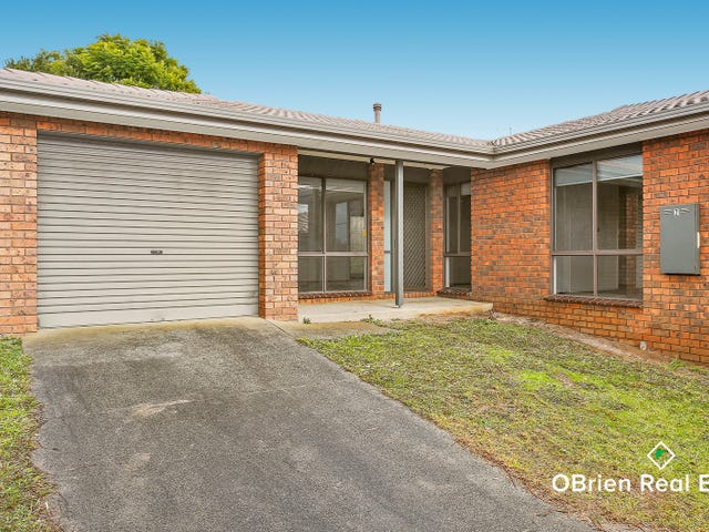 2/12-14 Somerset Drive, Warragul, Vic 3820