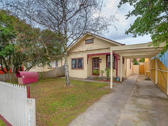 806 Doveton Street North, Soldiers Hill, Vic 3350