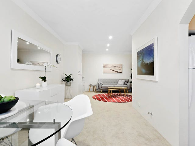 2/82 Oliver Street, Freshwater, NSW 2096