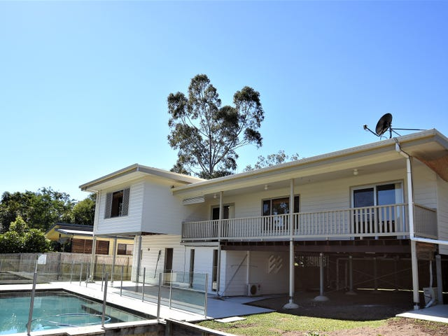90 Paget St, Mooloolah Valley, Qld 4553
