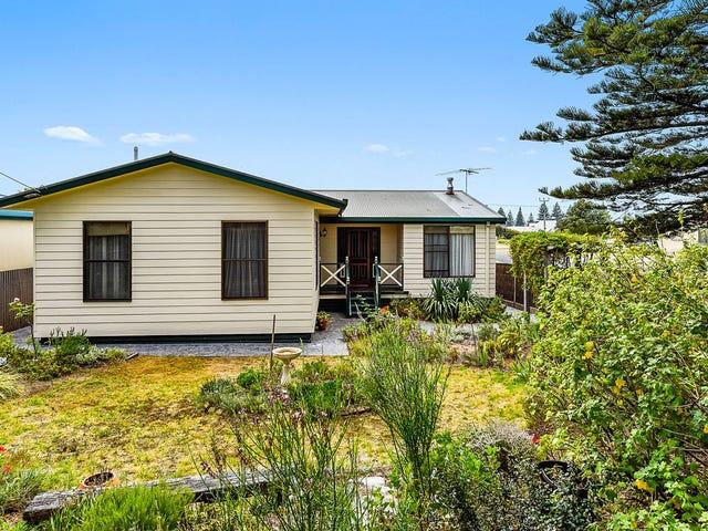 24 Railway Terrace, Beachport, SA 5280