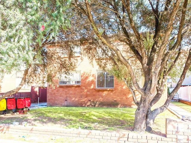 2/11 Drummond Street, Warwick Farm, NSW 2170