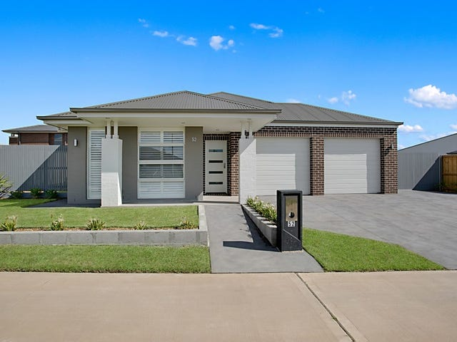 52 Richards Loop, Oran Park, NSW 2570