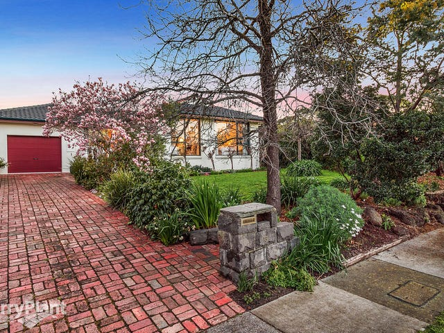 13 Fairlawn Place, Bayswater, Vic 3153