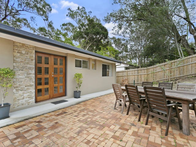 137 Jesmond Road, Indooroopilly, Qld 4068