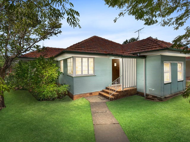 38 Jones Road, Carina Heights, Qld 4152