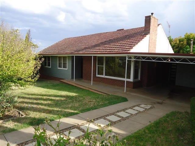 18 Marconi St, Kooringal, NSW 2650