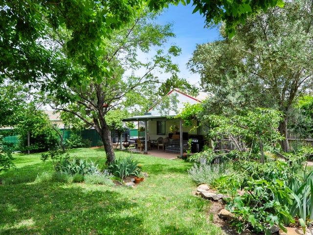 18 Tremain Avenue, West Bathurst, NSW 2795