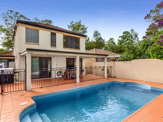 6 Estate Place, Holland Park West, Qld 4121