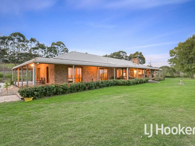 445 Bessie Creek Road, Nar Nar Goon North, Vic 3812