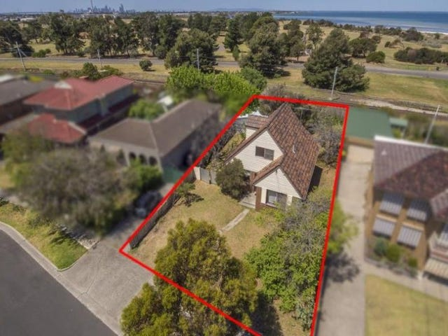 92 Simmons Drive, Seaholme, Vic 3018