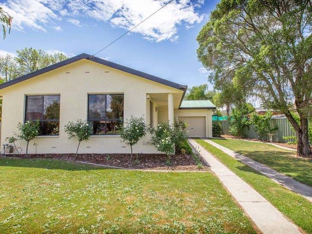 414 Kunama Court, Lavington, NSW 2641