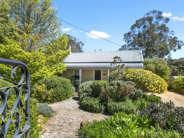 40 Main Road, Hepburn Springs, Vic 3461