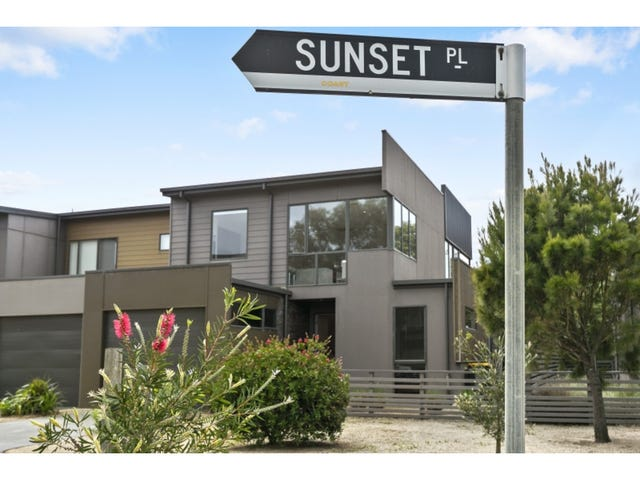 2 Sunset Place, Torquay, Vic 3228
