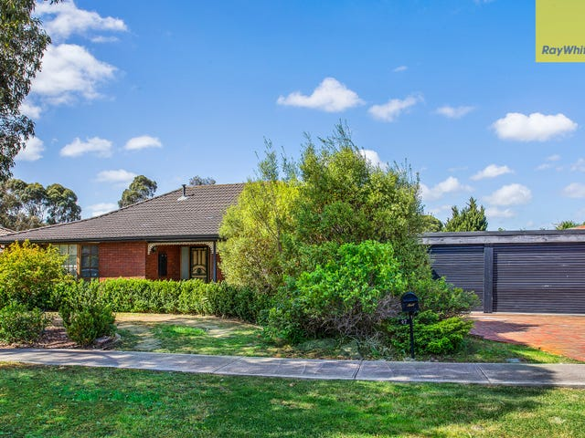 47 Angourie Crescent, Taylors Lakes, Vic 3038