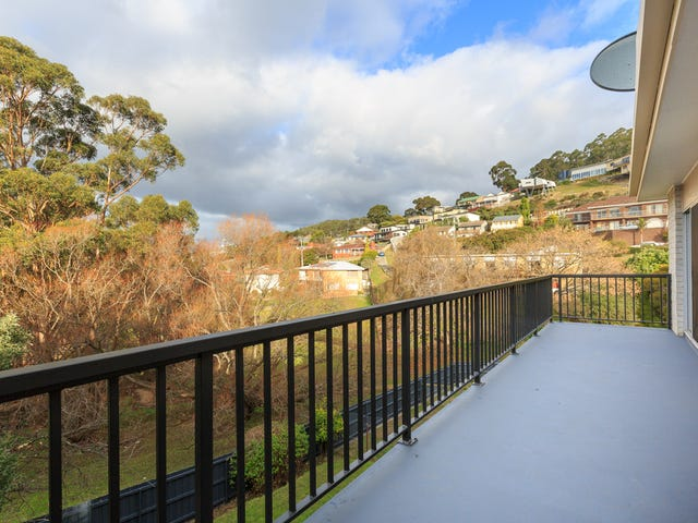 12 Clift Street, Mount Stuart, Tas 7000
