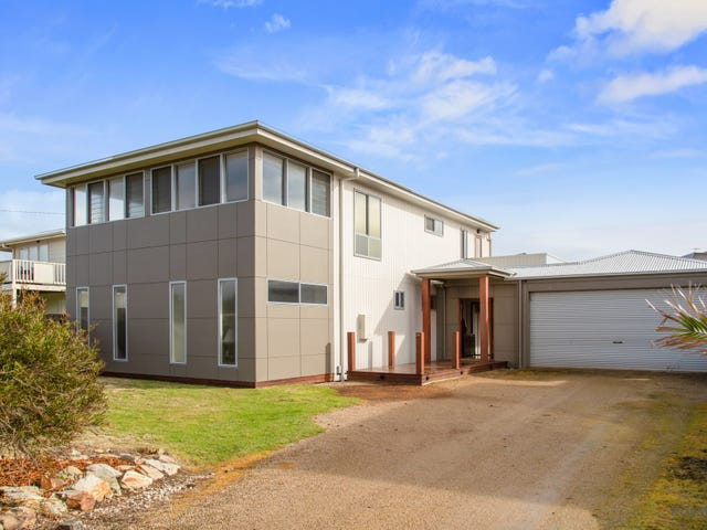 24 Stradbroke Crescent, Surf Beach, Vic 3922