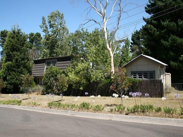 17 Pritchard St, Wentworth Falls, NSW 2782