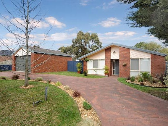16 Leonie Court, Narre Warren, Vic 3805
