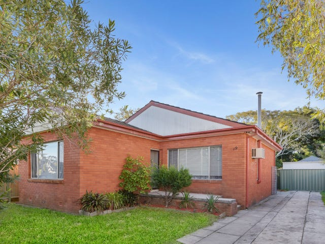 19 Billabong Street, Woy Woy, NSW 2256