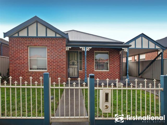 32 Macalister Place, Pakenham, Vic 3810