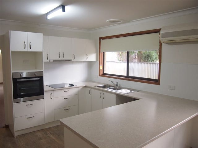 3 Barberry Court, Palm Beach, Qld 4221