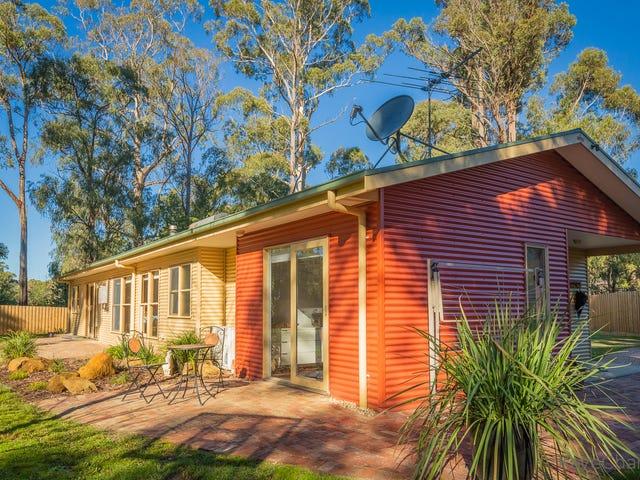 26 View Hill Road, Cockatoo, Vic 3781