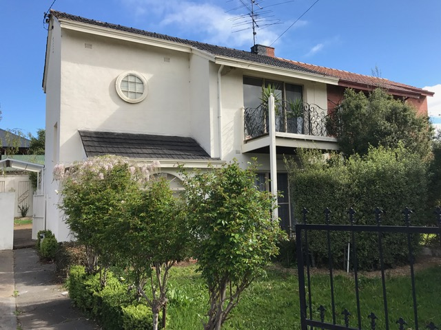 11 Churchill Avenue, Newtown, Vic 3220