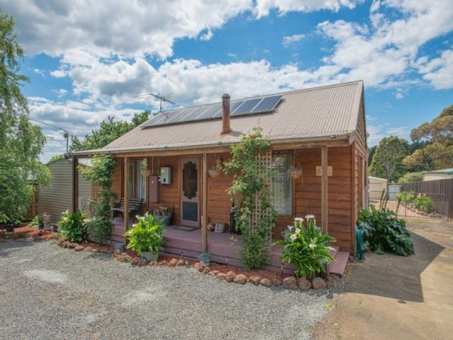 37 Church Street, Mount Egerton, Vic 3352