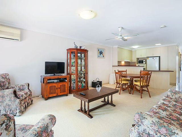 73/7-9 Santa Cruz Boulevard, Clear Island Waters, Qld 4226