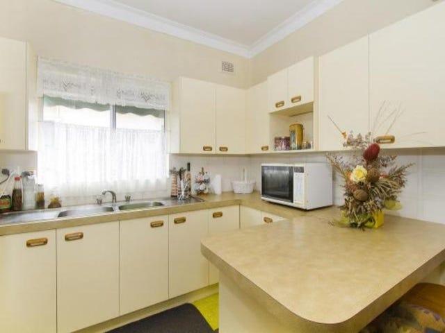 121 Gladstone Ave, Coniston, NSW 2500