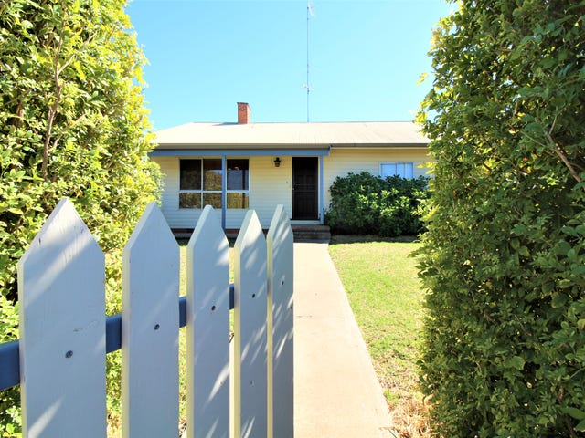 247 Wakaden Street, Griffith, NSW 2680