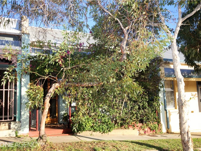 23 Holdsworth Street, Fremantle, WA 6160