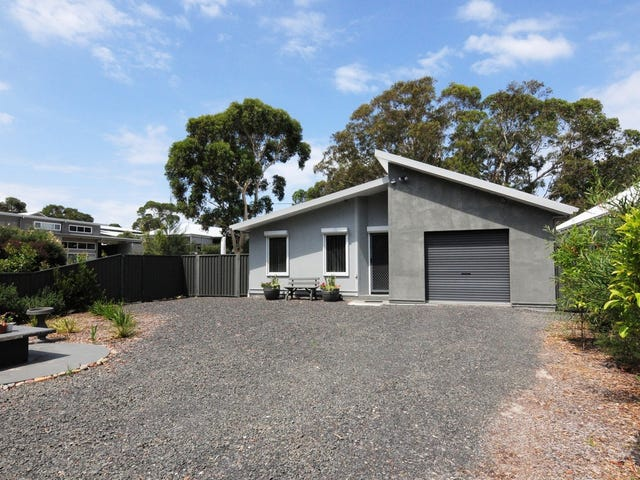 3 Caffery Circuit, Callala Beach, NSW 2540