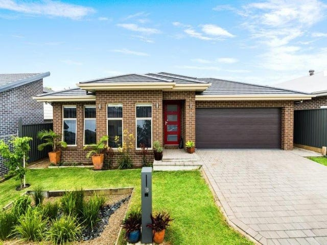 18 Dempsey Cres, Kellyville, NSW 2155