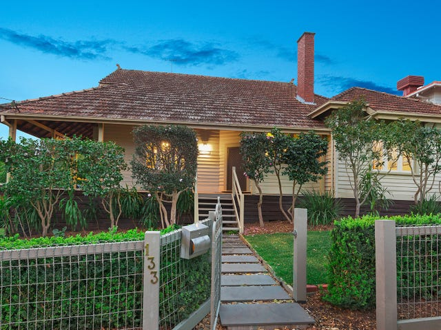 133 Lower Heidelberg Road, Ivanhoe East, Vic 3079