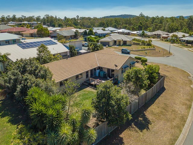 1 Hilltop Avenue, Southside, Qld 4570