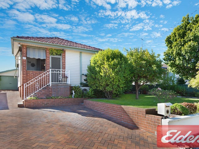 17 Apple Street, Constitution Hill, NSW 2145