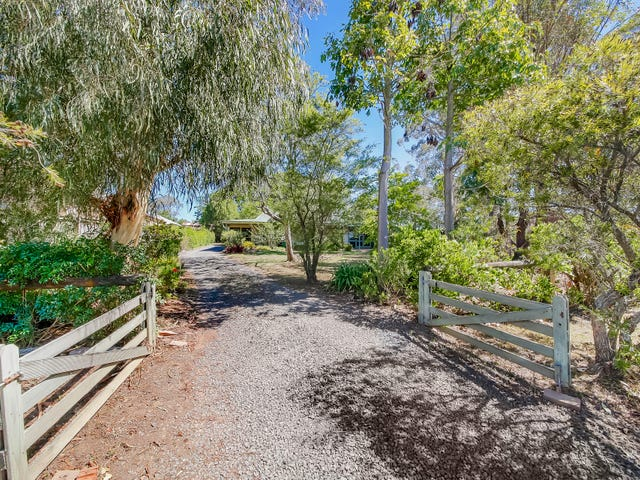 6 ALBERT AVENUE, Thirlmere, NSW 2572