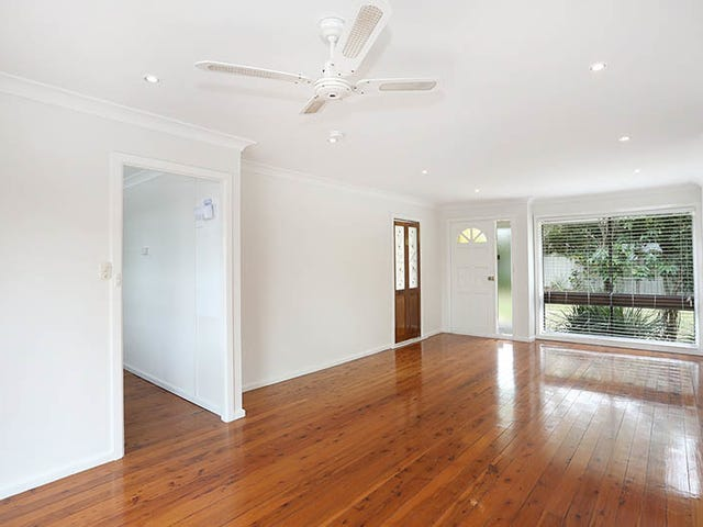 4 Grevillea Crescent, Hornsby Heights, NSW 2077