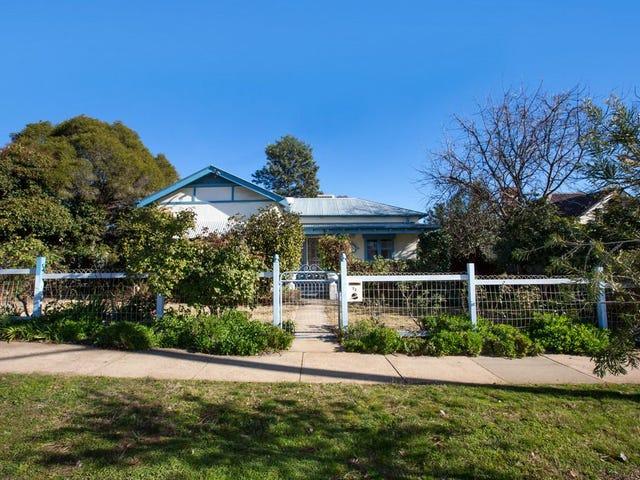 72 Bourke Street, Turvey Park, NSW 2650