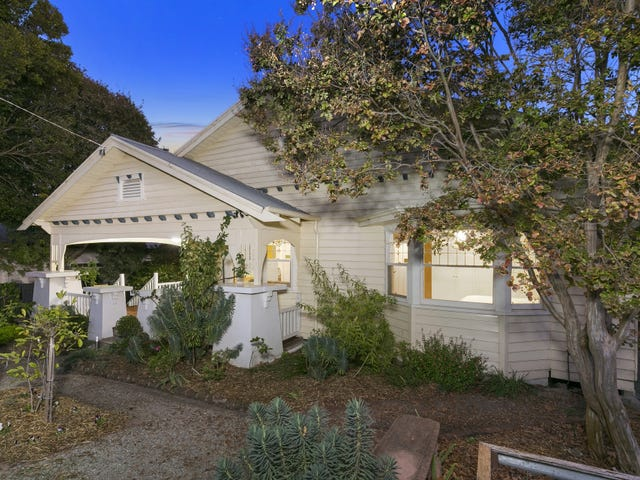 17 Buckland Ave, Newtown, Vic 3220