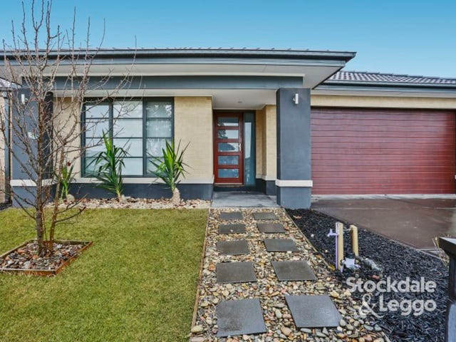 71 Wheelers Park Drive, Cranbourne North, Vic 3977