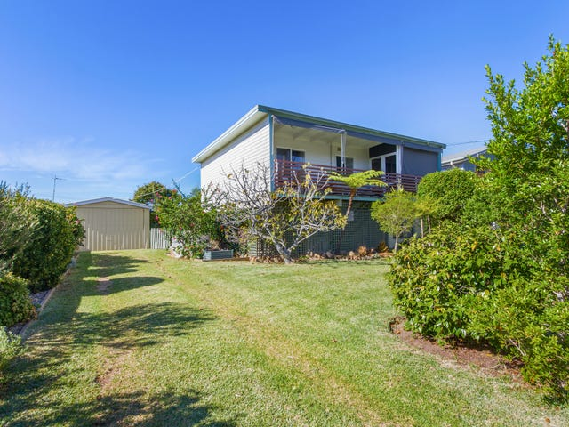 22 Bayview Street, Surfside, NSW 2536
