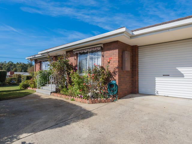 2/2 Oaktree Road, Youngtown, Tas 7249